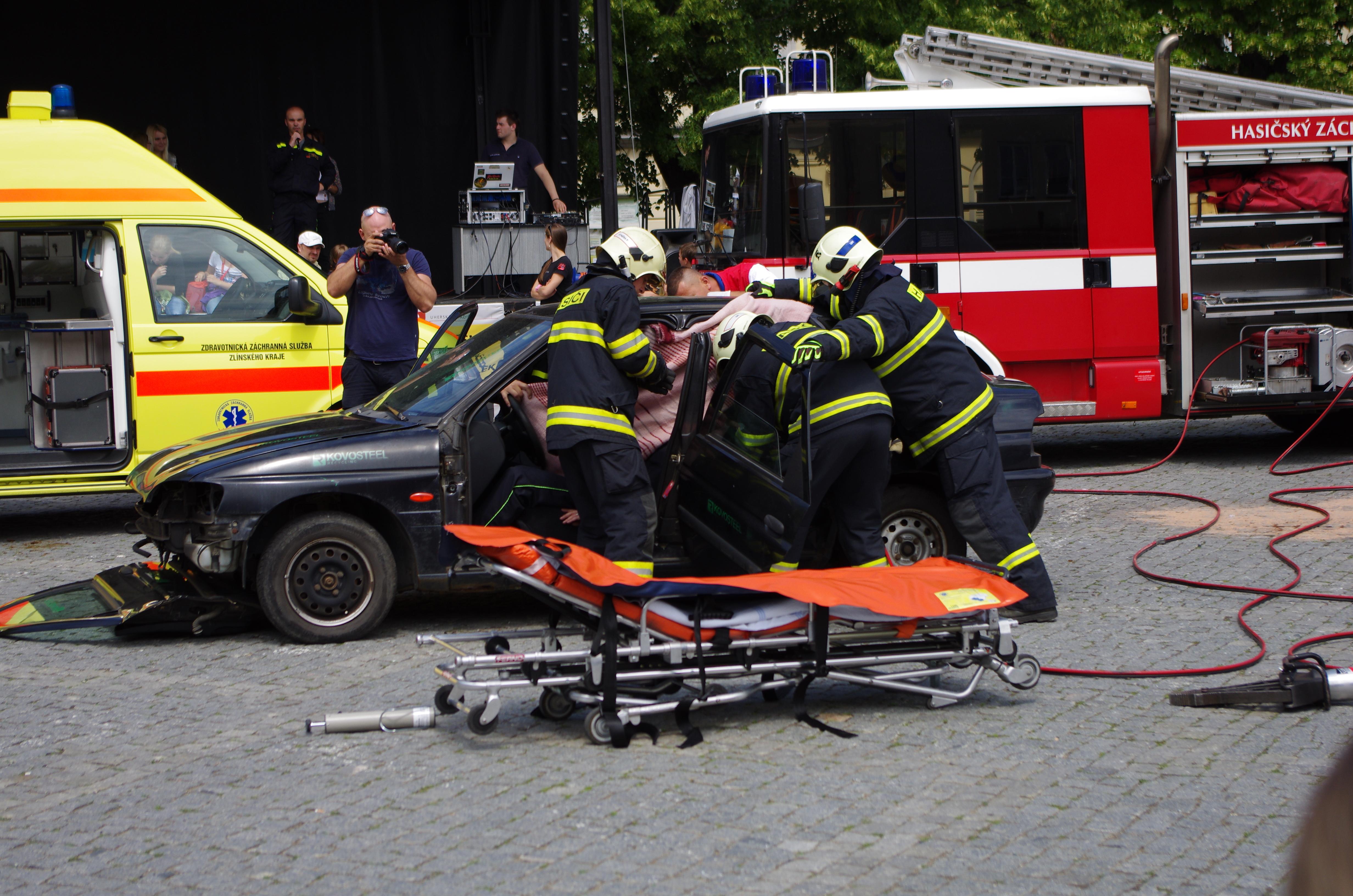 Záchranné složky na náměstí